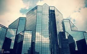 پاورپوینت بررسی کاربردهای شیشه در ساختمان